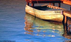 Barque à quai